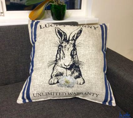 Подушка 50х50 декоративная, кролик